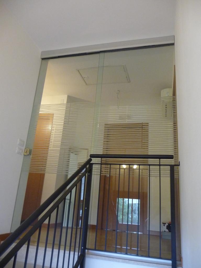 Con parte fissa porte di vetro vetrate artistiche - Chiusura vano scala interno ...
